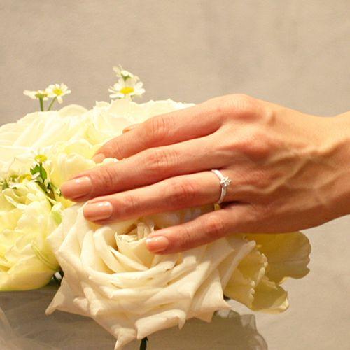 """シンデレラ - """"Cinderella"""" ラウンドエンゲージリング -WHITE- / 婚約指輪・エンゲージリング"""