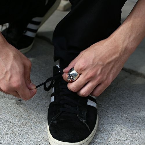 指輪 / NUMBER(N)INE/ナンバーナイン スカルリング STONE EYES -SAPPHIRE- メンズ シルバー 925 人気 ブランド おすすめ コラボ 復刻 ドクロガイコツ