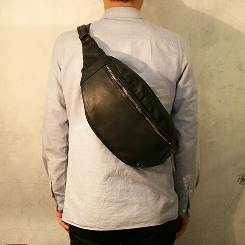 【JAM HOME MADE(ジャムホームメイド)】ENDURE ショルダーバッグ M メンズ レザー ブラック ウエストポーチ ボディバック シンプル