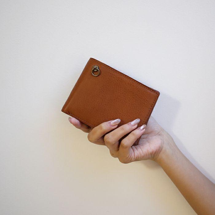 【ジャムホームメイド(JAMHOMEMADE)】アリゾナレザー 二つ折り財布 - ブラウン / ミディアムウォレット