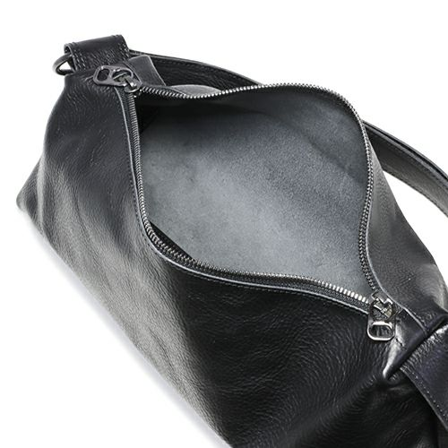 アリゾナレザー ショルダーバッグ M -BLACK- / リュック・バッグ
