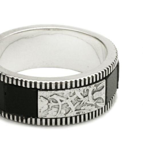 ハッピーリング S -ONYX- / 指輪・リング