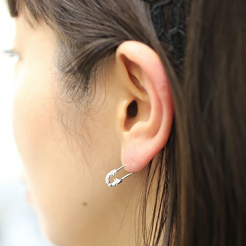 ピアス / セーフティピンピアス LEOPARD -PINK×WHITE- レディース ピンクゴールド 安全ピン 片耳 シンプル 人気 おすすめ ブランド プレゼント 誕生日 ギフト
