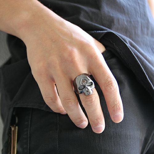 【ジャムホームメイド(JAMHOMEMADE)】レボリューション スカル リング - ブラック / 指輪