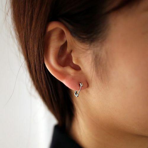 安全ピン(セーフティピン)ダイヤモンドピアス XS -SILVER- / 片耳 / ピアス・イヤーカフ