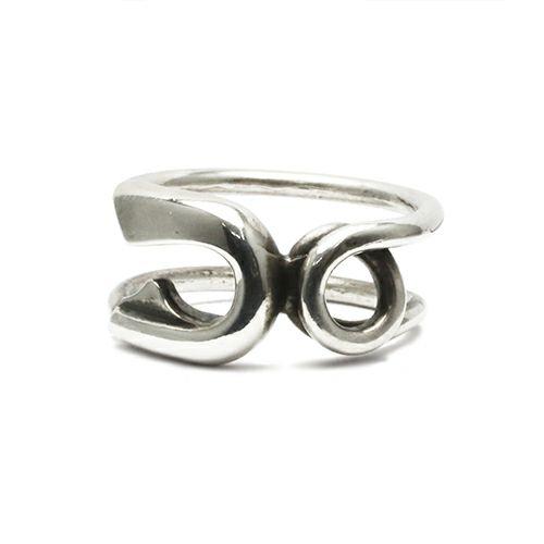 指輪 / セーフティピンリング M -SILVER- メンズ シルバー ダイヤモンド 人気 おすすめ ブランド ギフト プレゼント クリスマス オリジナル 安全ピン アクセサリー