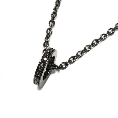 平打ちダイヤモンドネックレススター -BLACK-