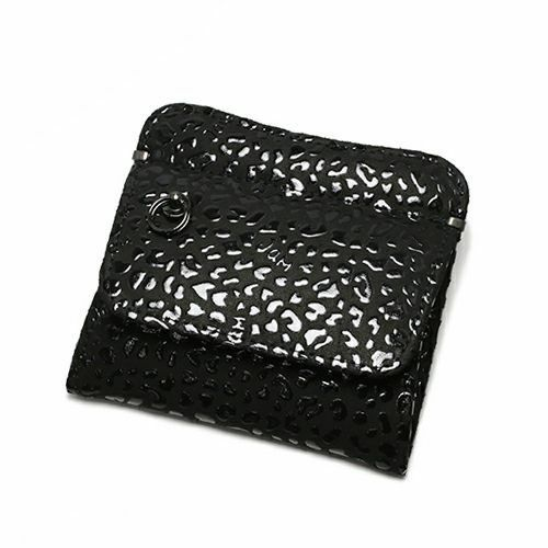 小銭入れ / 1月 誕生石 ガーネット 印傳屋(印伝屋) コインケース TYPE-2 -LEOPARD- メンズ レディース 上原勇七 ブラック おすすめ 人気 誕生日 プレゼント 日本製 カード 薄い 使いやすい