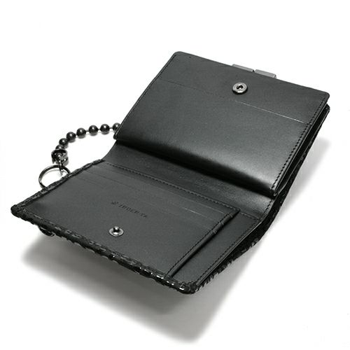 二つ折り財布 / 4月 誕生石 ダイヤモンド 印傳屋(印伝屋) ミディアムウォレット・がま札財布 -LEOPARD- メンズ レディース 上原勇七 ブラック 人気 誕生日 プレゼント カード ウォレットチェーン 日本製