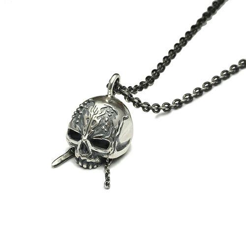 『パイレーツ・オブ・カリビアン/最後の海賊』 スカルネックレス -SILVER-