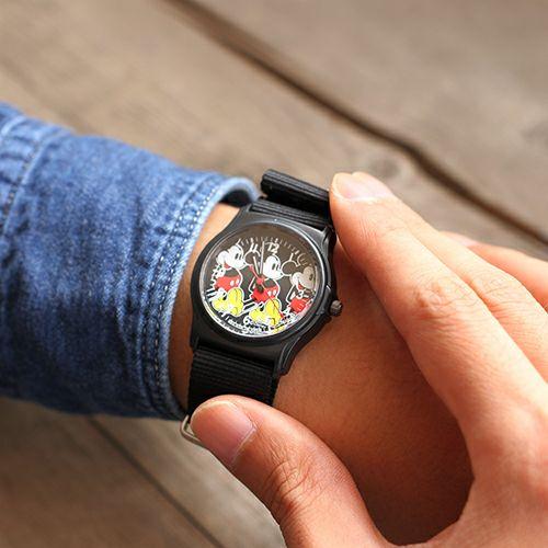 """オンラインショップ限定 ミッキー""""MICKEY""""アナログウォッチ ペア -BLACK×BLACK- / 腕時計 / 時計・腕時計"""