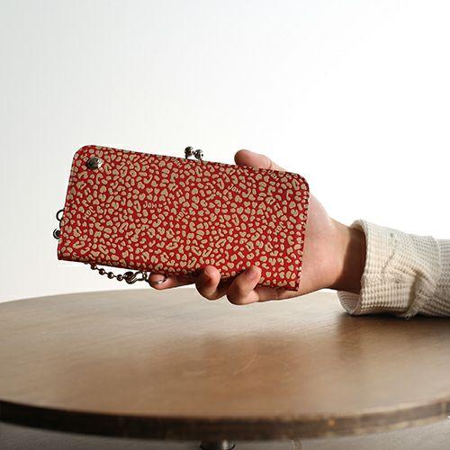 長財布 / 印傳屋(印伝屋) がま口ロングウォレット RED×WHITE -LEOPARD- メンズ レディース 革 上原勇七 ブランド おすすめ 誕生日 プレゼント カード 日本製 ガマ口 小銭入れ ウォレットチェーン