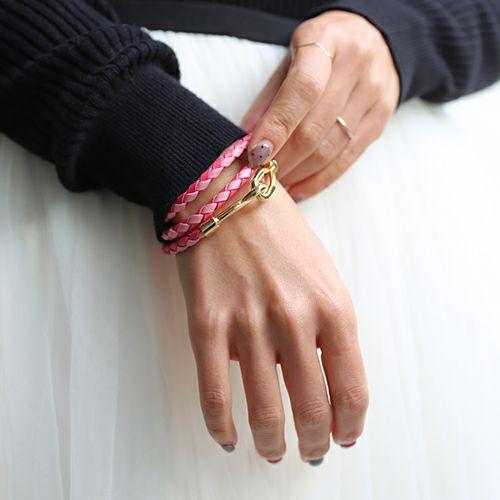ブレスレット / 編み込み3巻ブレスレット -PINK- S ディース ペア レザー ゴールド シンプル プレゼント 人気 おすすめ ギフト 定番 安心