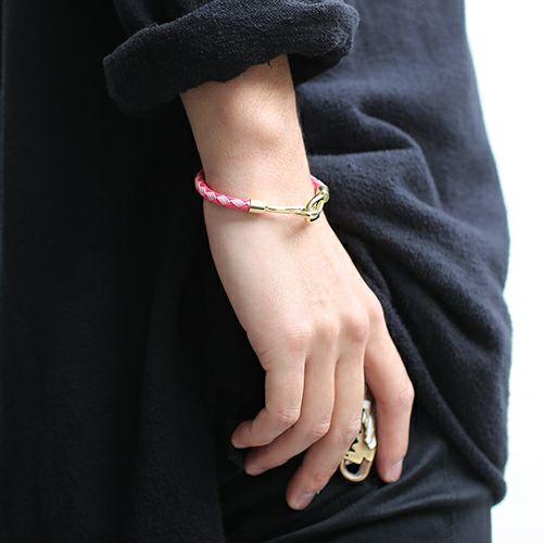 ブレスレット / 編み込みシングルブレスレット -PINK- メンズ レディース ペア レザー ゴールド シンプル プレゼント 人気 おすすめ ギフト 定番 安心
