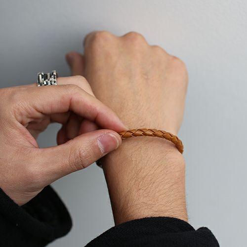 編み込みシングルブレスレット -CAMEL-