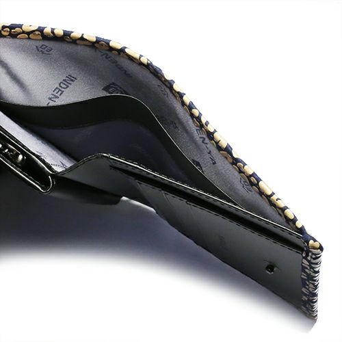 オンラインショップ限定 12月 誕生石 印傳屋(印伝屋) ミディアムウォレット・がま札財布 -LEOPARD- / 二つ折り財布