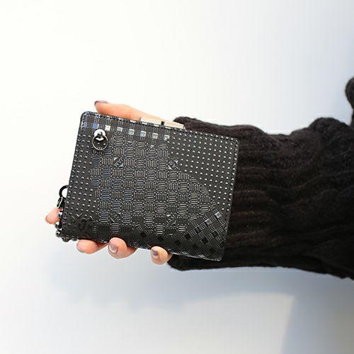 2月 誕生石 印傳屋(印伝屋) ミディアムウォレット・がま札財布 山梨カモフラージュ- / 二つ折り財布