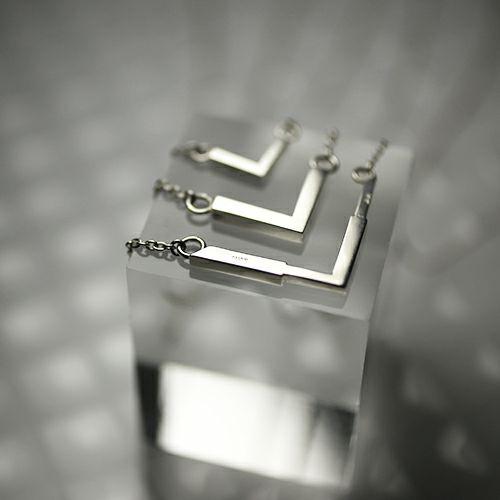 """ネックレス / シェアネックレス """"v & v"""" / ペアネックレス メンズ レディース ペア シルバー 925 人気 おすすめ ブランド シンプル チェーン お揃い 記念日 プレゼント 誕生日"""
