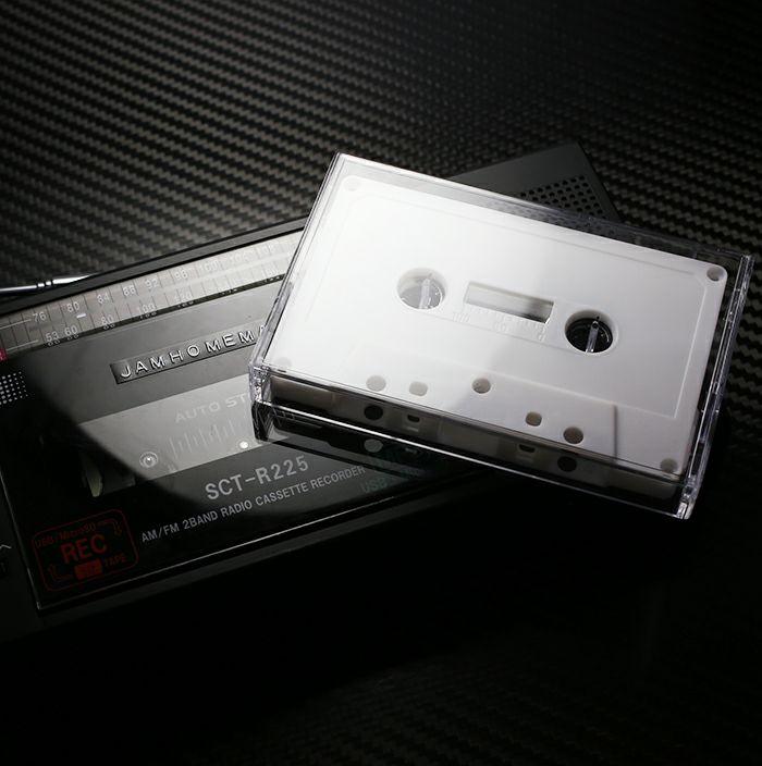 【ジャムホームメイド(JAMHOMEMADE)】カセットテープ ハブ ピアス - ブラック / 両耳