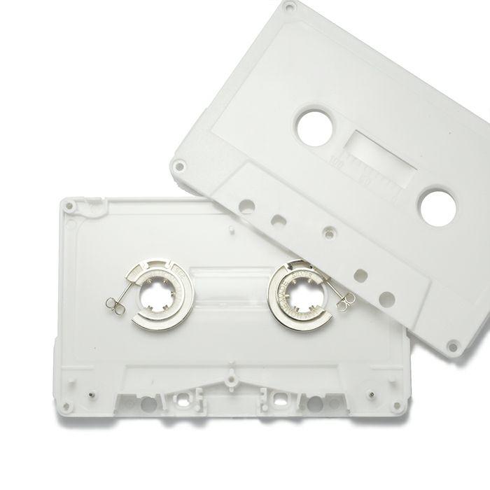 【JAM HOME MADE(ジャムホームメイド)】カセットテープ ハブピアス / WHITE / 両耳 メンズ レディース ペア シルバー 白 人気 ブランド おすすめ 本物 プレゼント 誕生日 ギフト Vaporwave ヴェイパーウェイヴ カセットテープ アナログ 音楽 ユニーク