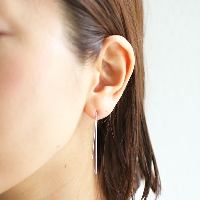 ピアス / A型 アメリカンフープピアス -NEW TYPE- / 両耳 レディース プラチナ 血液型 アクセサリー 人気 ブランド おすすめ 誕生日 ギフト プレゼント 大ぶり