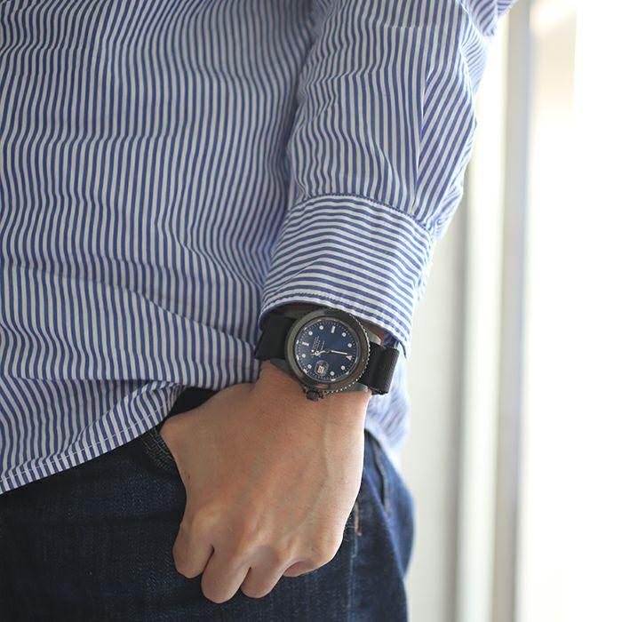 腕時計 / サファイアジャムウォッチ NATO -BLACK- メンズ ロレックス  ブルー サブマリーナ プレゼント ブラック  誕生石 5月 クォーツ 10気圧 アナログ 日付表示 生活防水 20mm