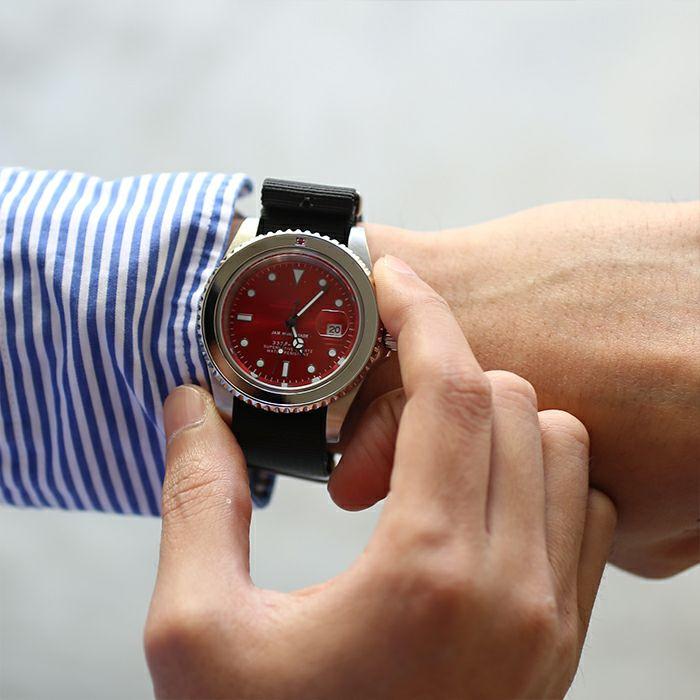 腕時計 / ルビージャムウォッチ NATO -SILVER-メンズ ロレックス  レッド サブマリーナ プレゼント シルバー  誕生石 5月 クォーツ 10気圧 アナログ 日付表示 生活防水 20mm