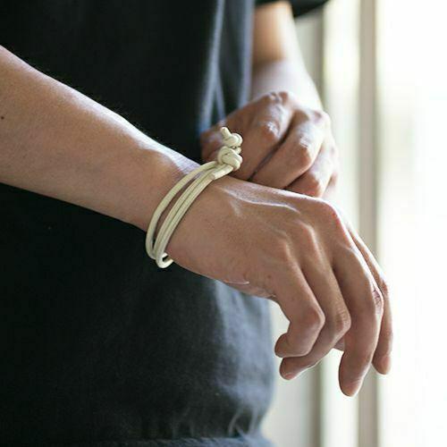 【ジャムホームメイド(JAMHOMEMADE)】8月 誕生石 ディア レザー ブレスレット 3巻 - ペリドット / レディース