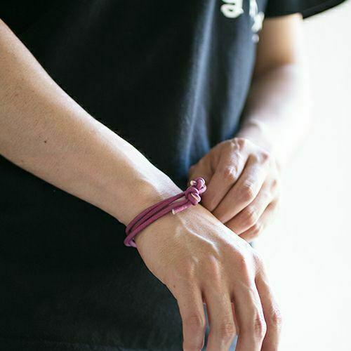 【ジャムホームメイド(JAMHOMEMADE)】4月 誕生石 ディア レザー ブレスレット 3巻 - ダイヤモンド / レディース